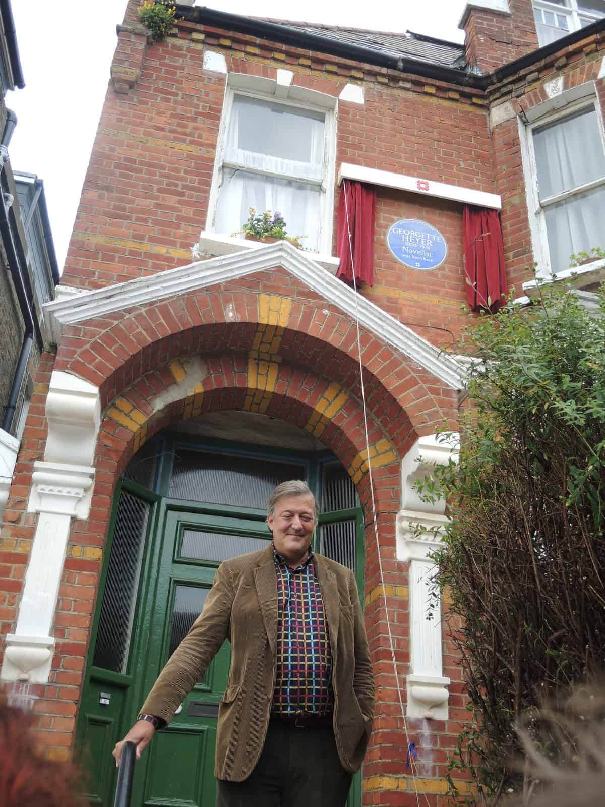 Stephen Fry unveils Georgette Heyer's Blue Plaque