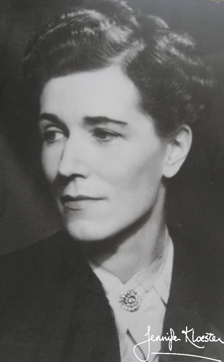 georgette heyer a thoughtful person