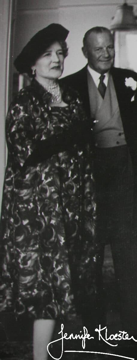 georgette and ronald at richard and susies wedding 1962